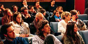 Publiek in congreszaal