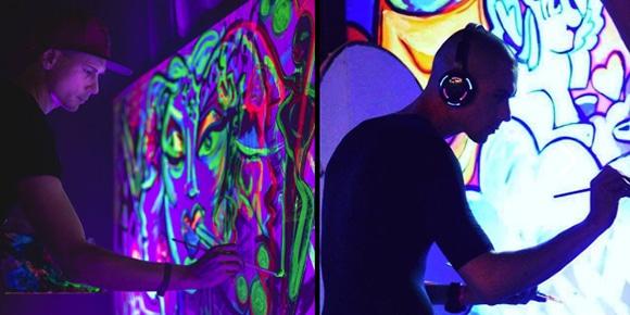 Kunstwerk evenement in blacklight